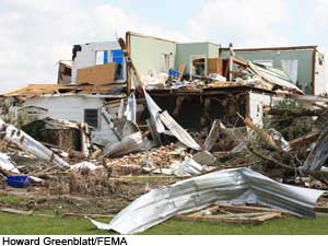 Tornado damage, photo credit: Howard Greenblatt/FEMA
